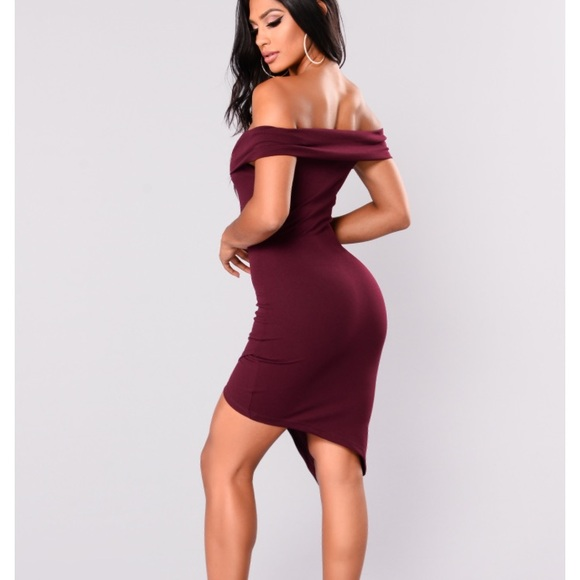 NIB Fashion Nova Maroon off the shoulder dress 226ec37bf